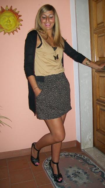 http://2.bp.blogspot.com/-l87Oj2fNWd4/TgsZ6fiGBYI/AAAAAAAAAn0/tYMRV44-Dis/s1600/animalier+skirt+005.JPG