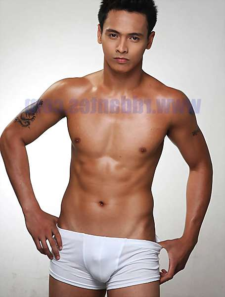 twink Naked gay filipino