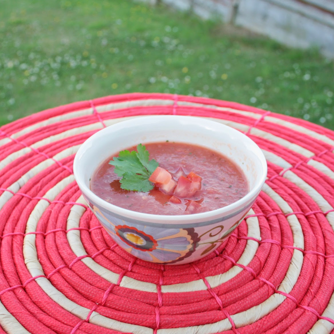 The perfect chilled soup for summer - gazpacho.  All raw ingredients, no gluten, no added fat and packed with flavour. Healthy, light, easy to make and very refreshing