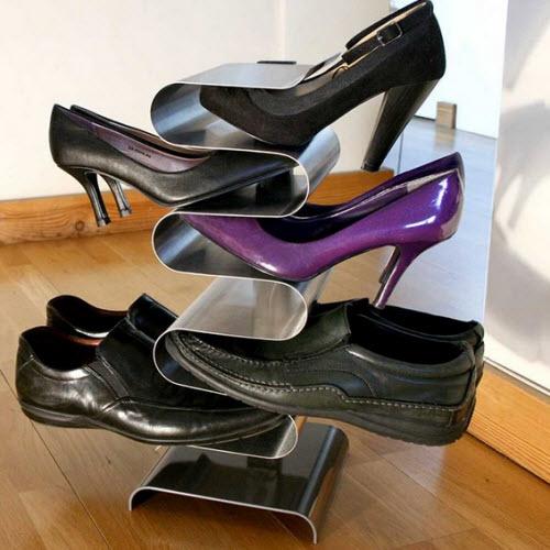 Un ingenioso organizador de zapatos