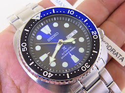 SEIKO DIVER NEW TURTLE SUNBURST BLUE BLACK DIAL BLUE BLACK BEZEL - AUTOMATIC 4R36
