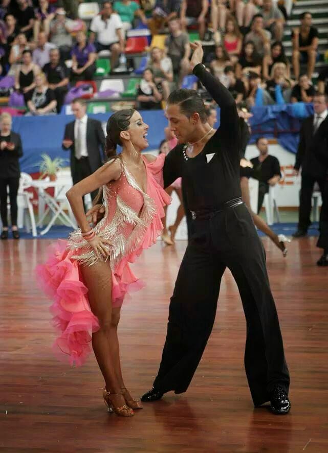 Alberto y Marta Alcantara Santos con zapatos de baile latino Guils ADS