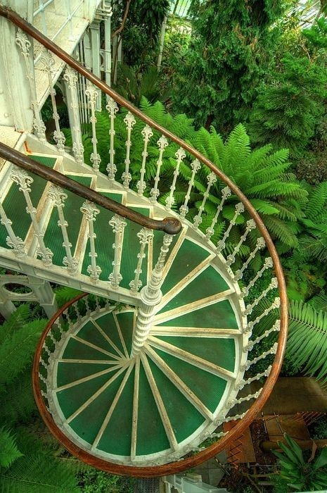 Moon to moon conservatory 39 s and greenhouses for Victorian spiral staircase