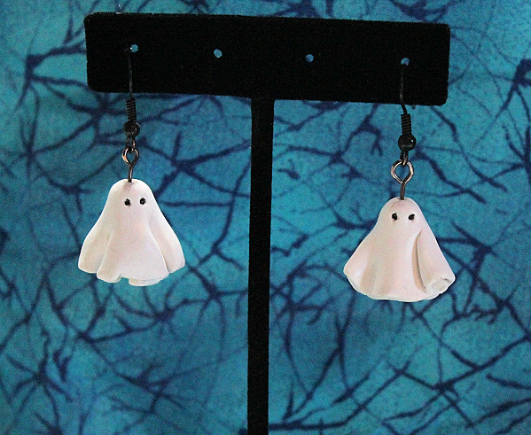 https://www.etsy.com/listing/203850020/boo-ghost-polymer-halloween-earrings?ref=shop_home_feat_3