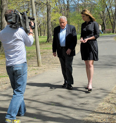 Savannah Guthrie interviews Clint Hill for Today Airing April 5th