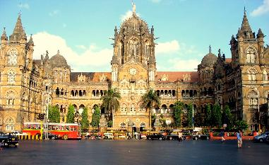 Restaurants and mumbai hotels in nearby region of cst station