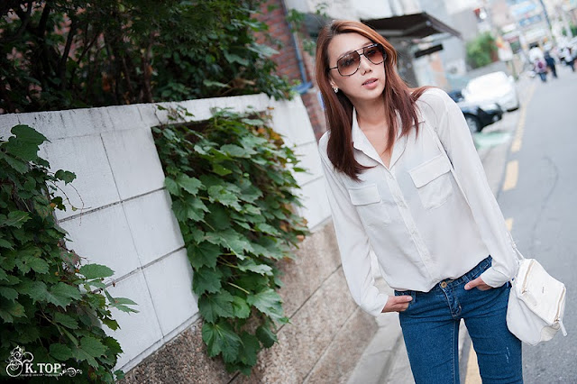 Lee Sung Hwa - Casual Outdoor Photoshoot