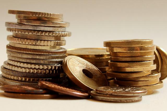 Moeda furada - Bored currency