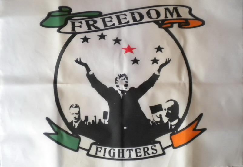 Banderola Freedom Fighters (Mellows, Larkin y Connolly) - 6,80€