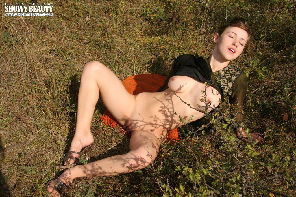 эро фото секс на поляне