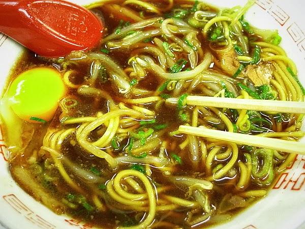 新福菜館三条店 大盛りの食べ方(1)