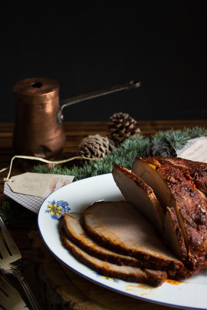 pierna de cerdo en adobo de chile guajillo