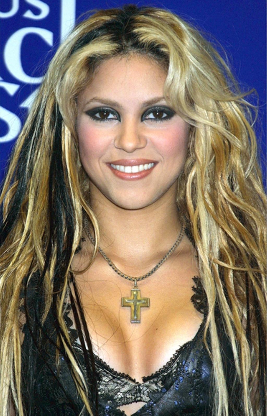 Hot bikini Shakira