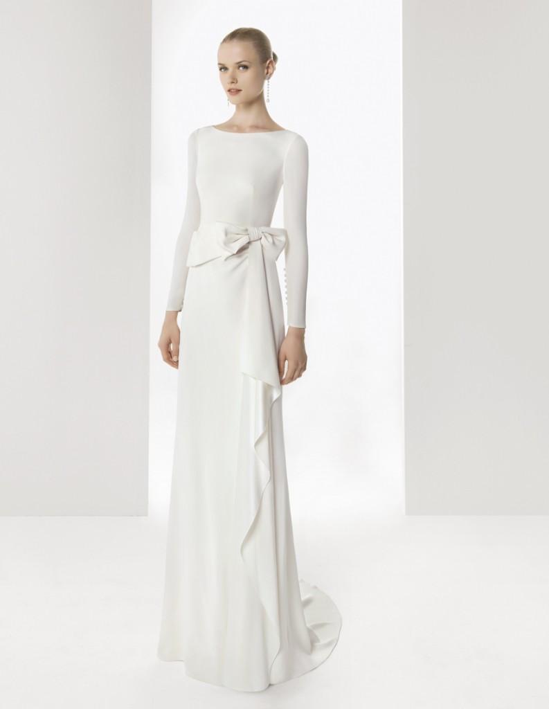 http://2.bp.blogspot.com/-l9q1VrpRSVM/UBbTdw2PbXI/AAAAAAAAHpw/bEGOOj85kZo/s1600/colecci%C3%B3n+rosa+clara+2013+colection+wedding+vestido+de+novia+1.jpg