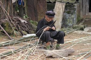 An old Dzao man in Tả Phìn village, Sìn Hồ