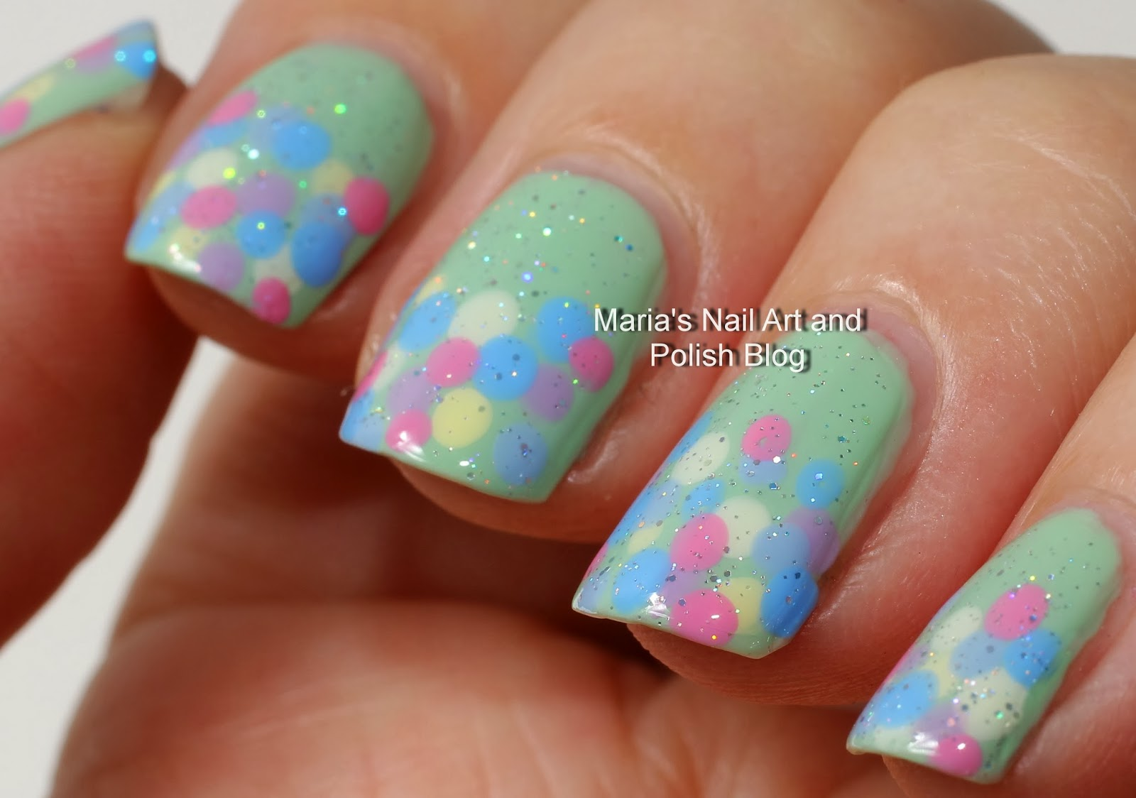 Marias Nail Art and Polish Blog: Peppermint Patti with dots