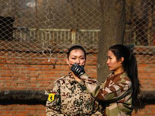 Pelatihan Bodyguard Khusus Para Wanita | Ngeriii..!!