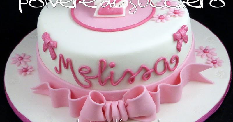 Torta hello kitty e tutorial polvere di zucchero cake for Decorazione torte e cupcake