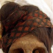 Археологи воссоздали предсмертную диету мумий по их волосам