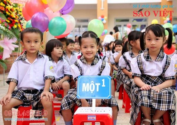 Gia sư lớp 1 Hà Nội - Sao Việt cung cấp 1 đội ngũ gia sư chuyên trách, dạy đảm bảo chất lượng cho các em học sinh lớp 1.