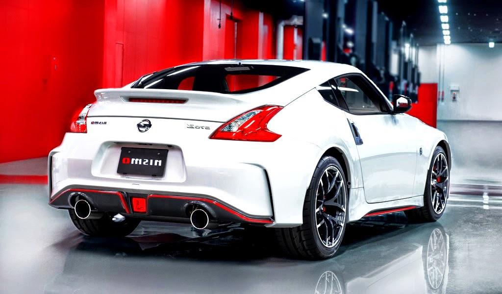 Demo BKB: Nissan Pulsar Nismo, 370Z Nismo -Paris motor show -