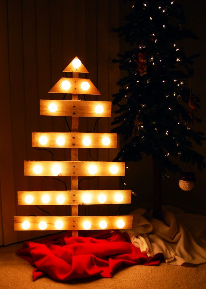 day 05 diy pallet christmas tree - Pallet Christmas Trees