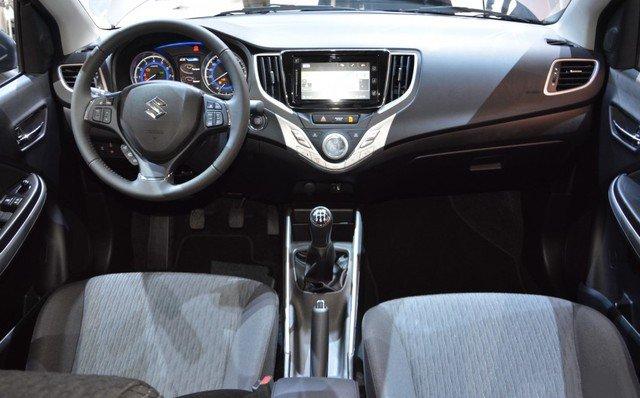 Suzuki Baleno - hatchback với công nghệ vượt trội
