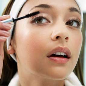 Tips Cara Make Up Trendy