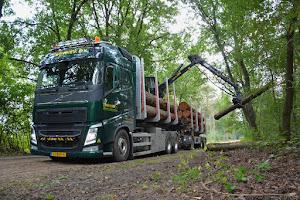 Onze vrachtwagens voor hout en chips transport