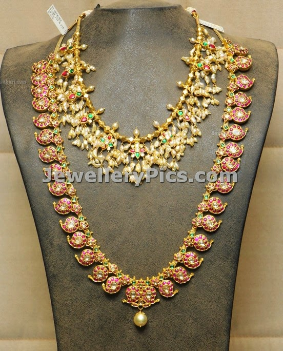 Basara pearls necklace