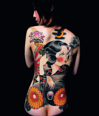 Tatuaje femenino japonés