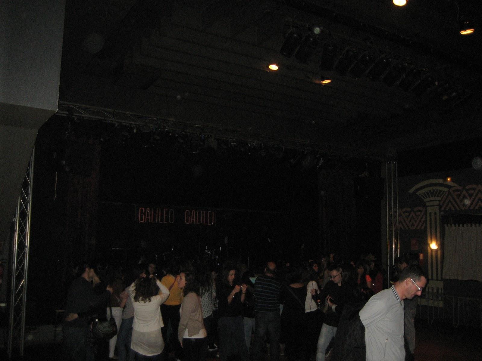 Correveidile cr nica concierto melocos en sala galileo for Sala galileo conciertos