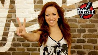 Marta Oliva la voz