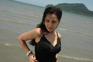 Nisha Kotari Hot Pics