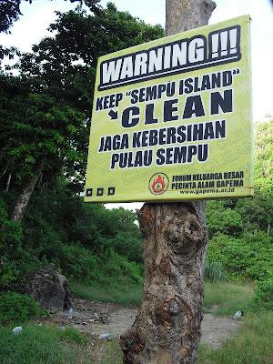 responsible traveler bertanggung jawab jaga kebersihan