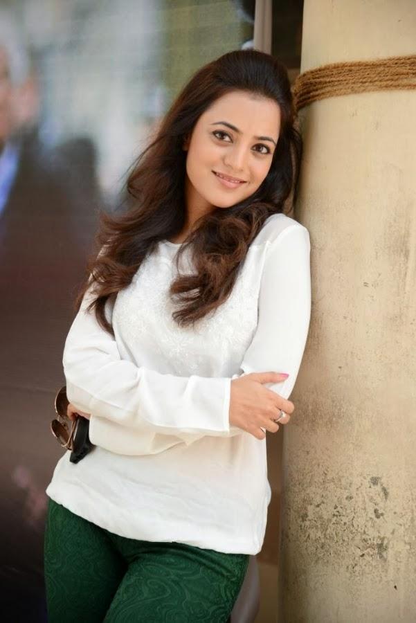 Nisha Aggarwal Hot Underwear Visible Pics