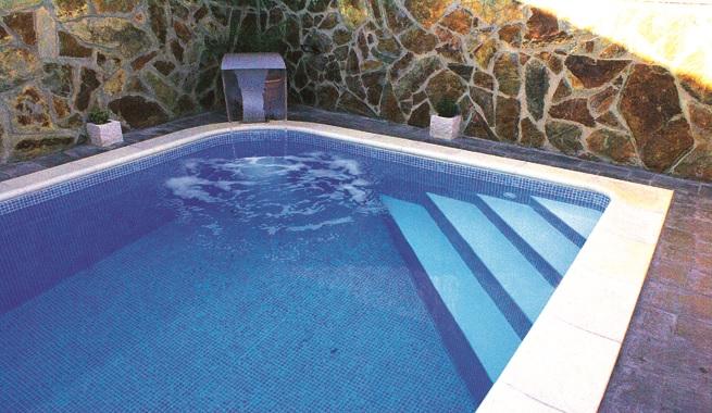 Como escolher a piscina decora o e ideias for Lonas para piscinas baratas