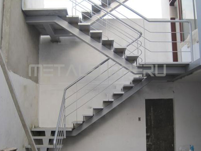 Escaleras drywall arequipa for Escaleras metalicas