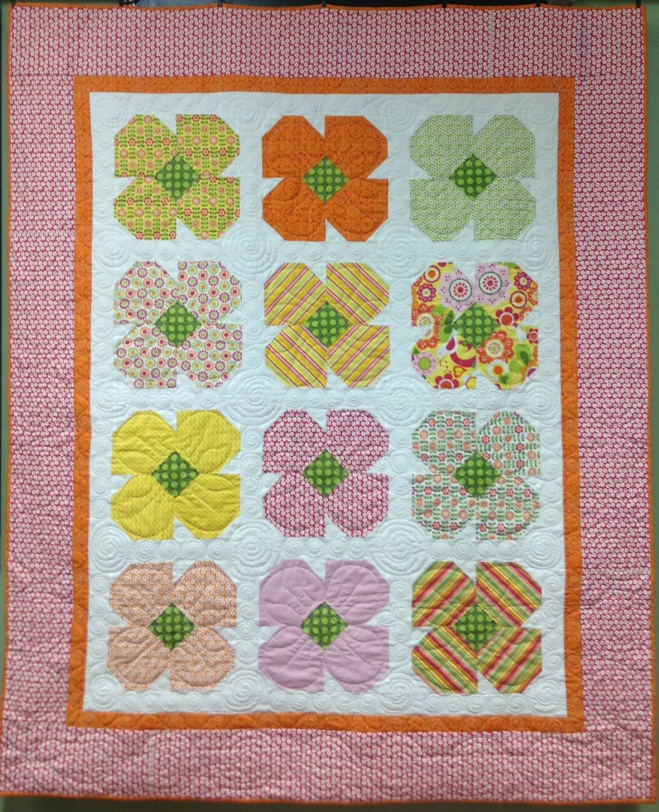 Virtually Vintage Quilts Flower Quilt