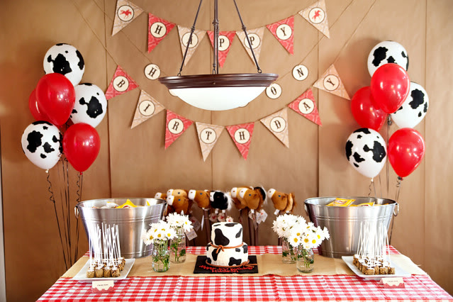 cowboy birthday party ideas the house decorating. Black Bedroom Furniture Sets. Home Design Ideas