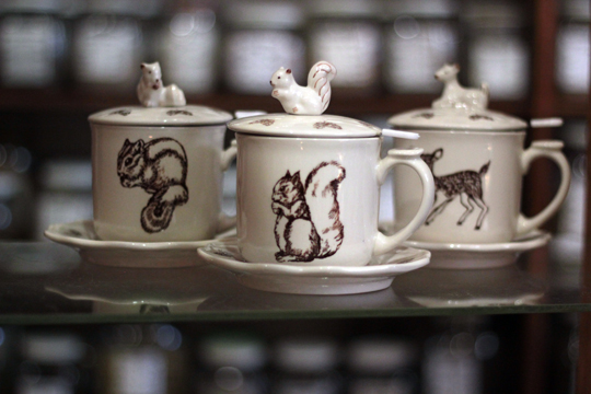 chipmonk squirrel deer tea cups