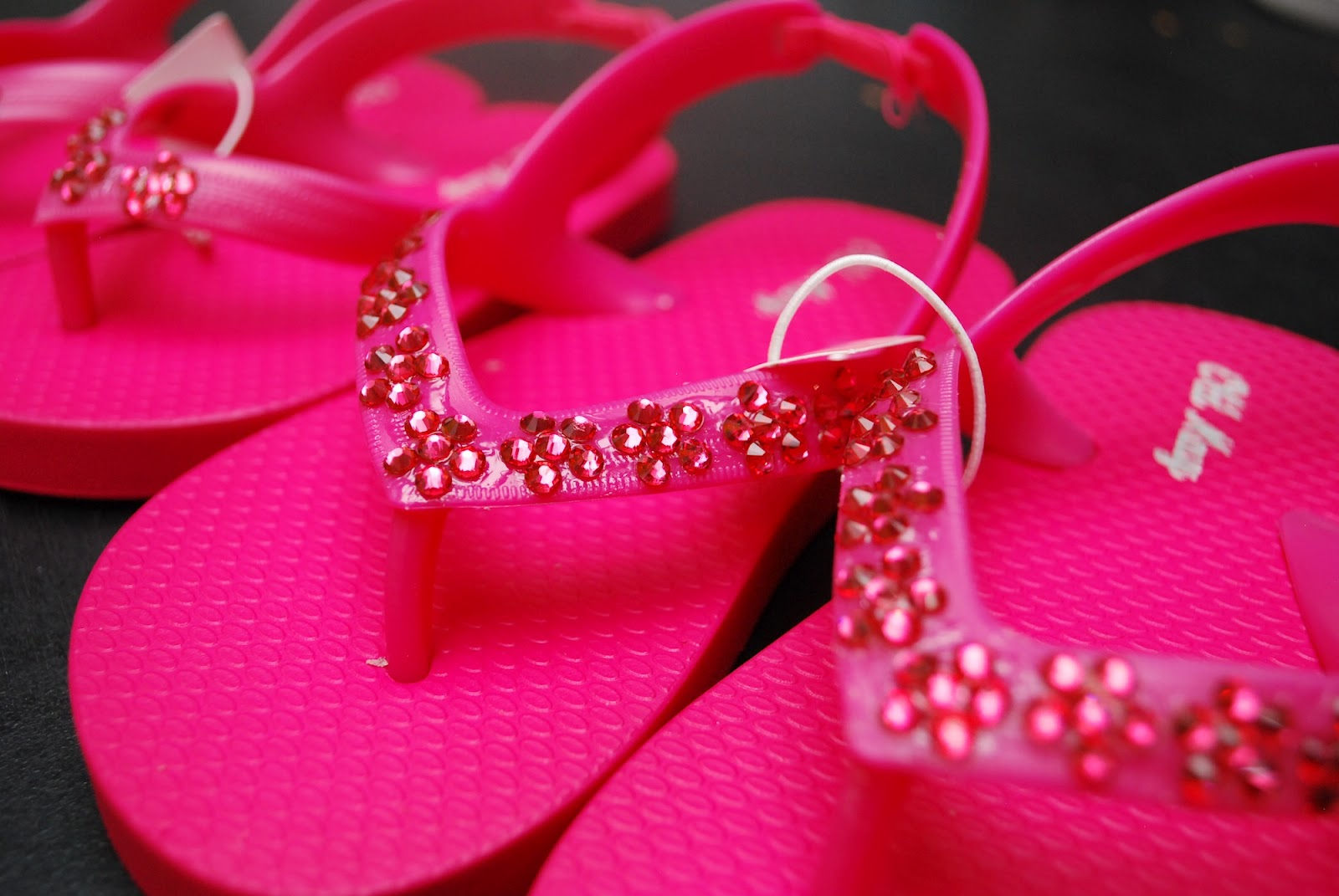 decorating shoes and decor flip clutter ideas classy flop rhinestone quick easy dsc a to way