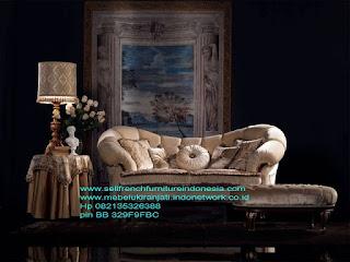 Jual mebel ukir jepara,Sofa ukir jepara Jual furniture mebel jepara sofa tamu klasik sofa tamu jati sofa tamu antik sofa tamu jepara sofa tamu cat duco jepara mebel jati ukir jepara code SFTM-22030