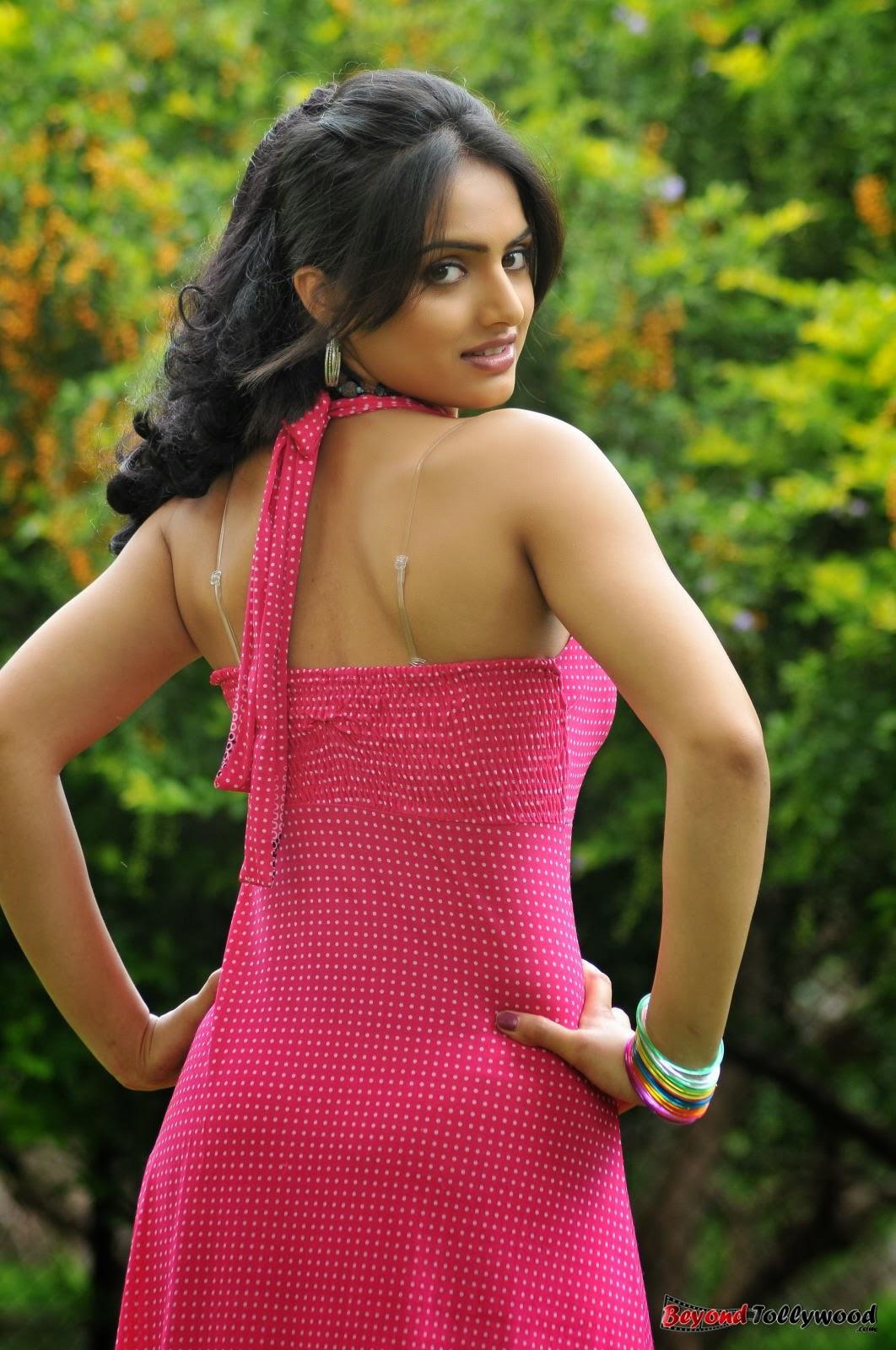 spicyimg: Ritu Kaur New Hot Photo Stills