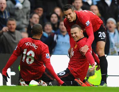 Ashley Young Wayne Rooney Van Persie 2012