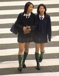 Les uniformes scolaires : pour ou contre ???