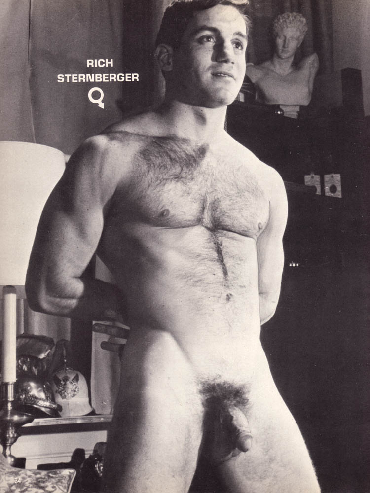nude Robert photos fuller