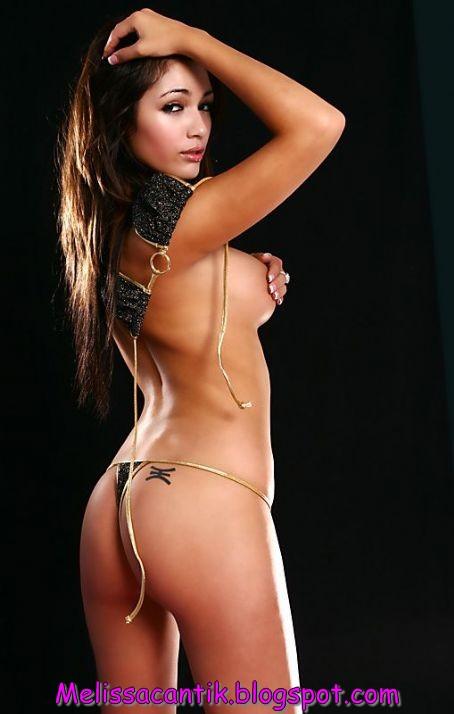Galeri Foto Misa Campo, Dancer Cantik Termahal Sejagad