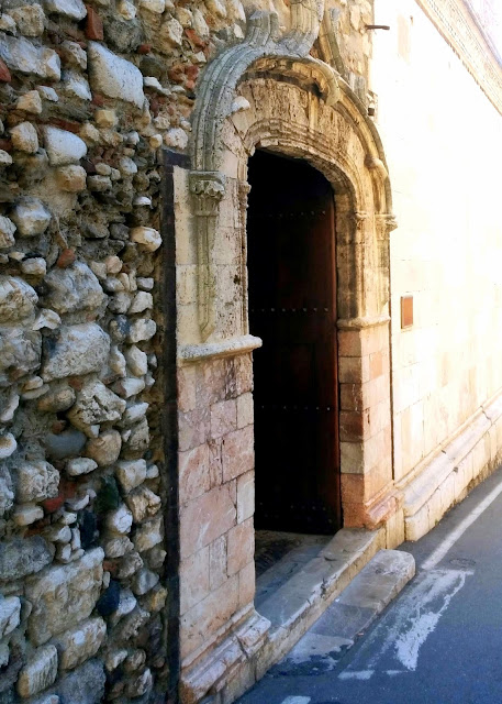 Taormina street  |  September in Sicily on afeathery*nest  |  http://afeatherynest.com
