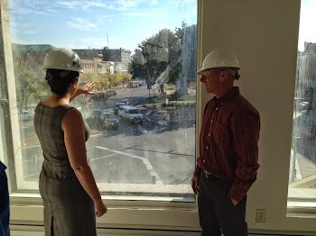 Elise Stefanik Visits Woolworth Building